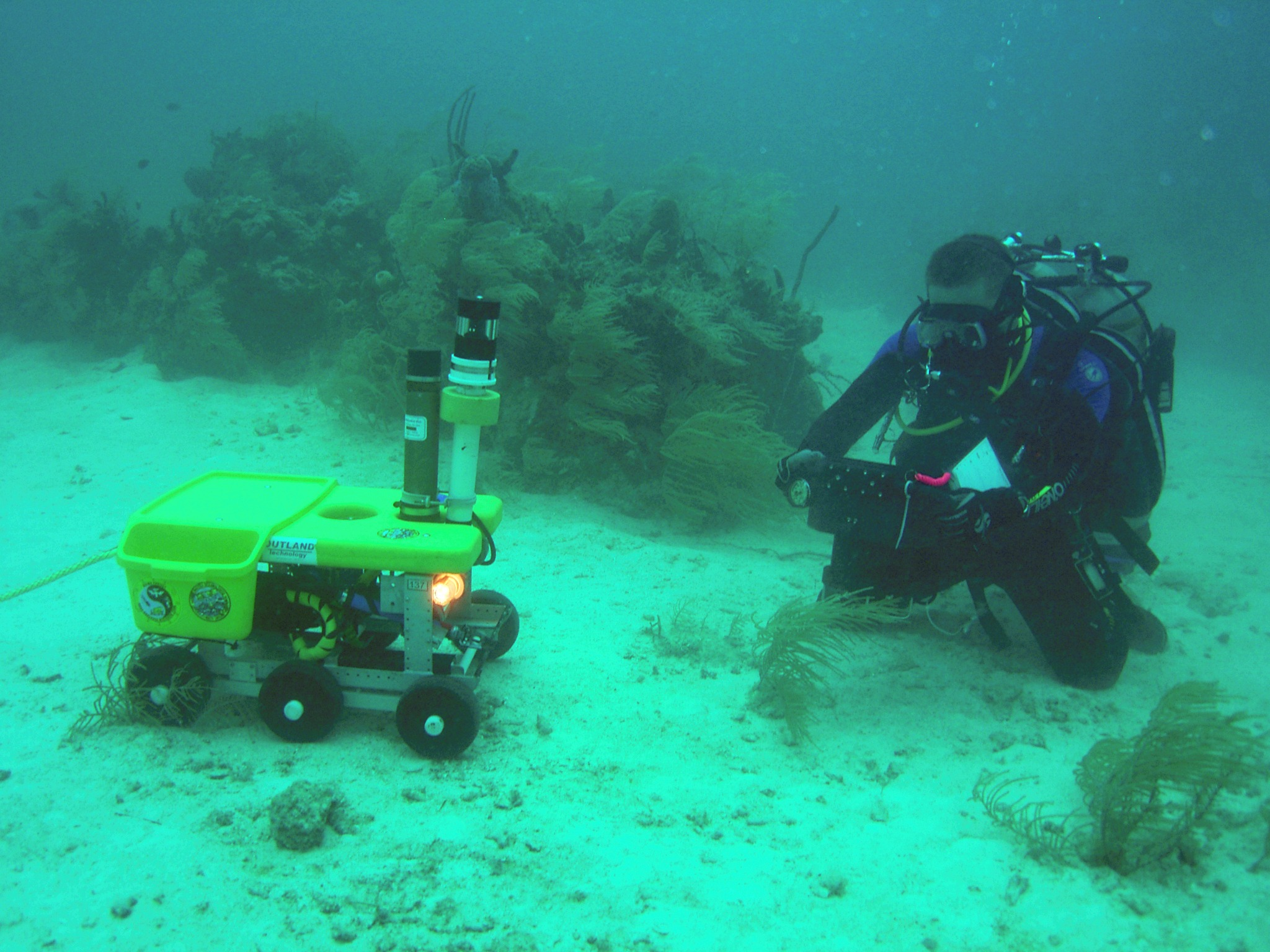 NEEMO12_rover